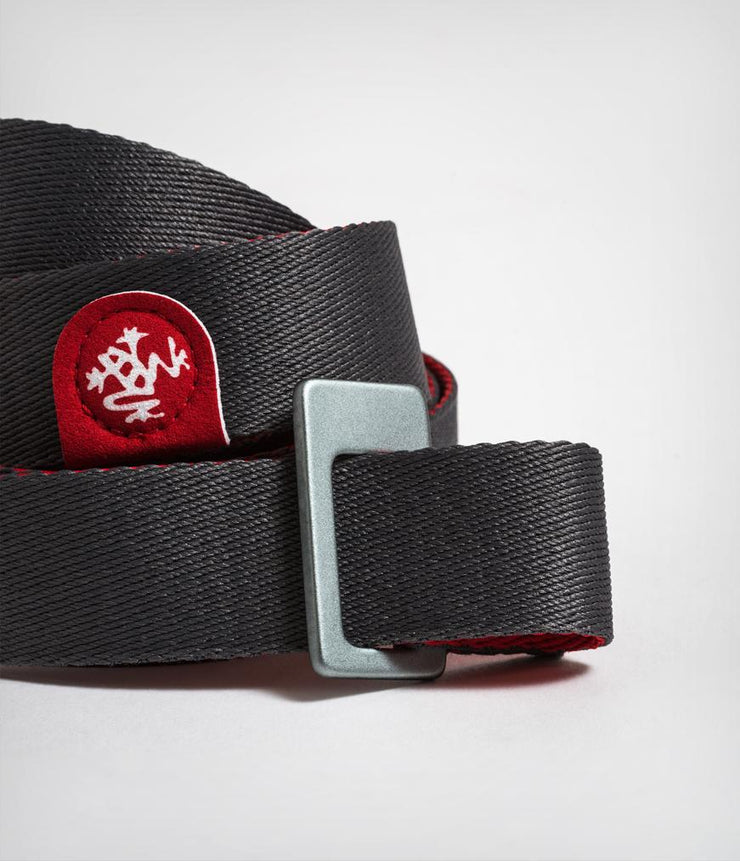 Manduka Go Move Mat Sling - Thunder - cinch close-up | Eco Yoga Store