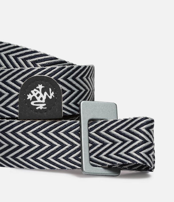 Manduka Go Move Mat Sling - Black - cinch close-up | Eco Yoga Store
