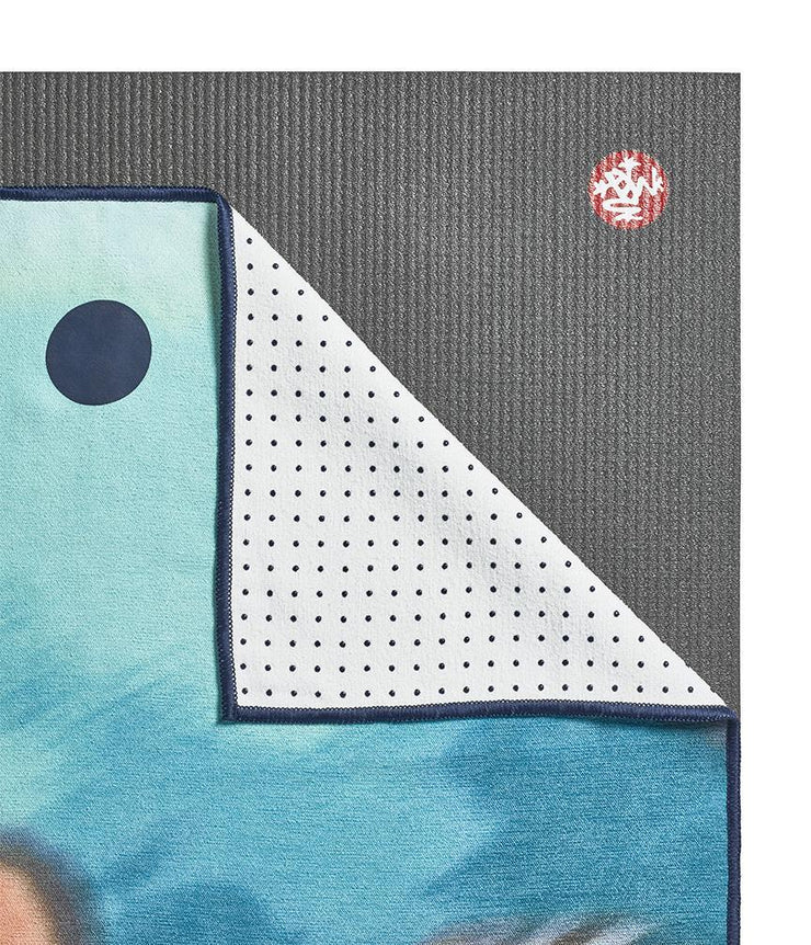 Manduka Yogitoes Mat Towel - Underwater Blur - lying flat, corner folded over | Eco Yoga Store