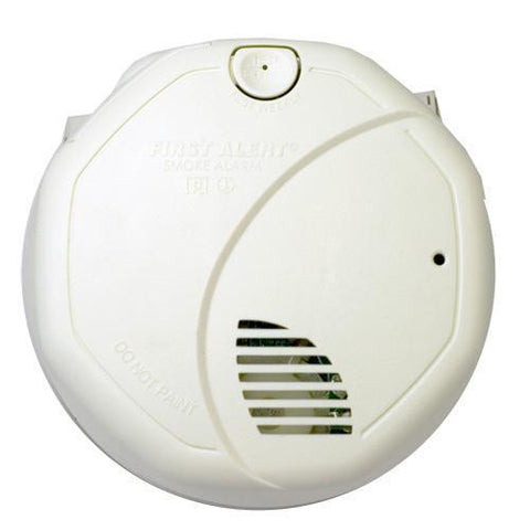 brk sa320b first alert smoke alarm 9v battery powered dual sensor photoelectric ionization