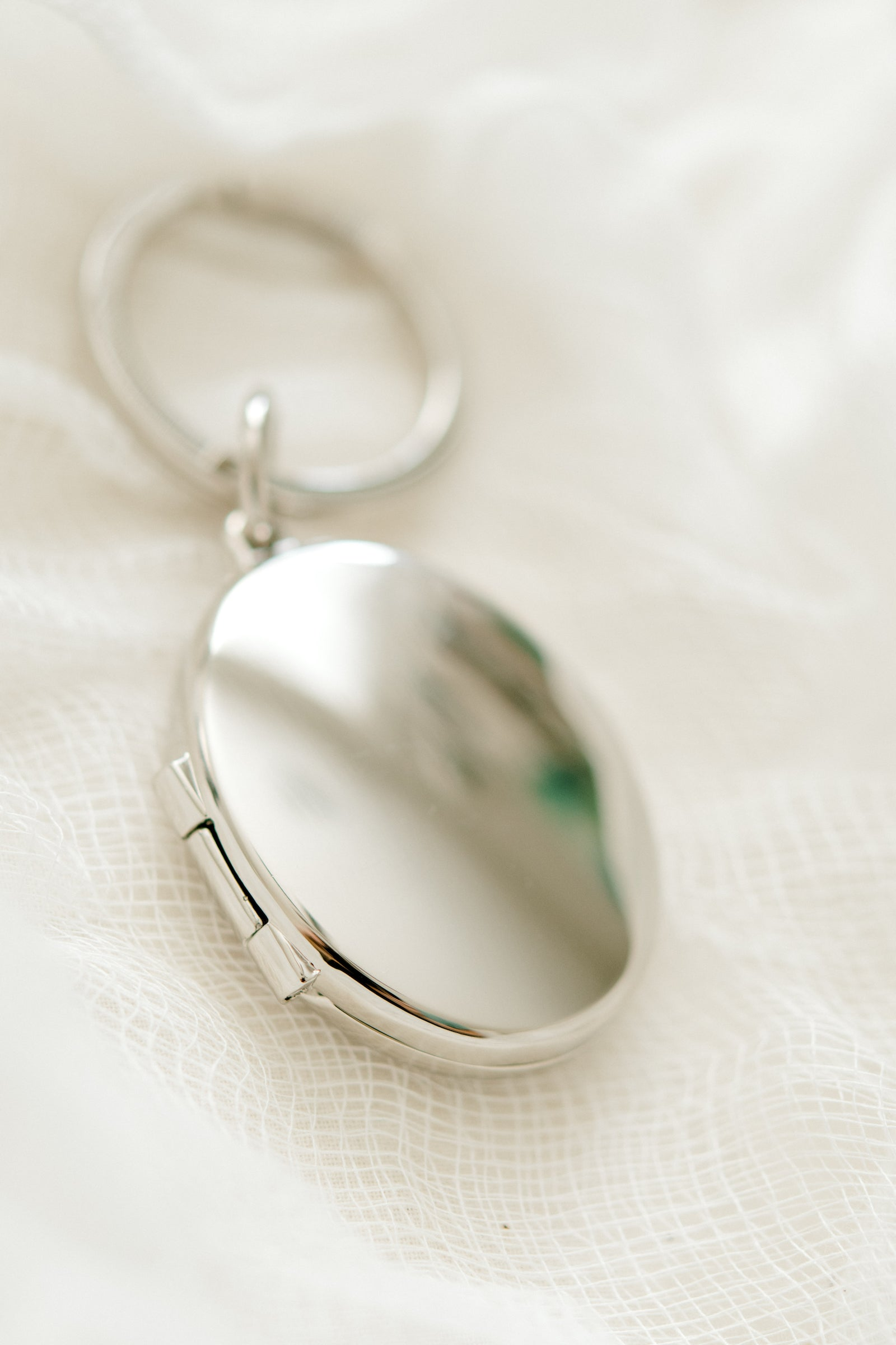 Silver Oval Locket Keychain