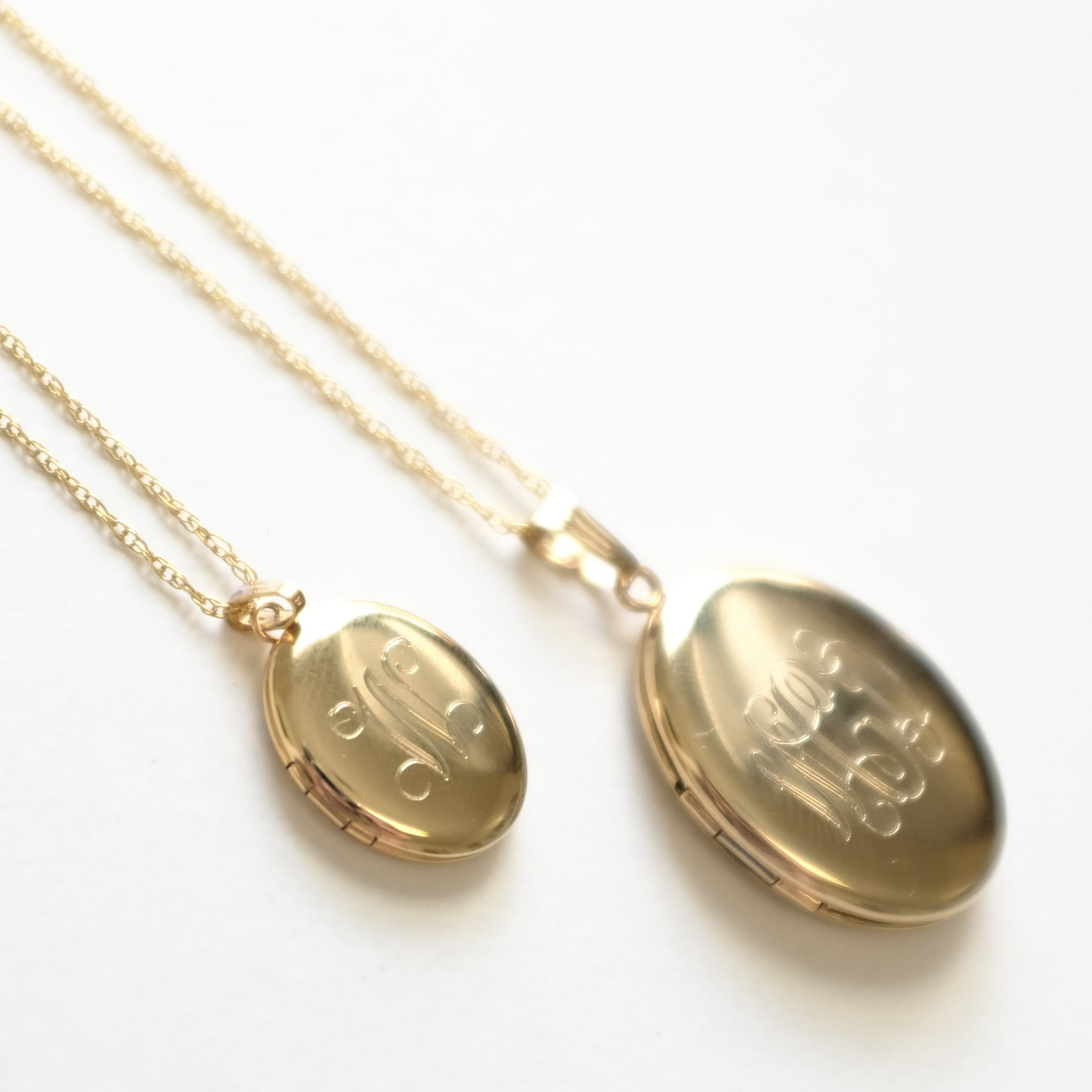 Z14k Gold Filled Oval Locket