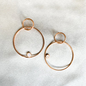 Casual and fun, these pretty hoops are everyday essentials. Pair it with your favourite jeans and tee or a cute little dress, it works with all your outfits. These easy-breezy earrings also make for excellent gifts, since they are so easy to love <3