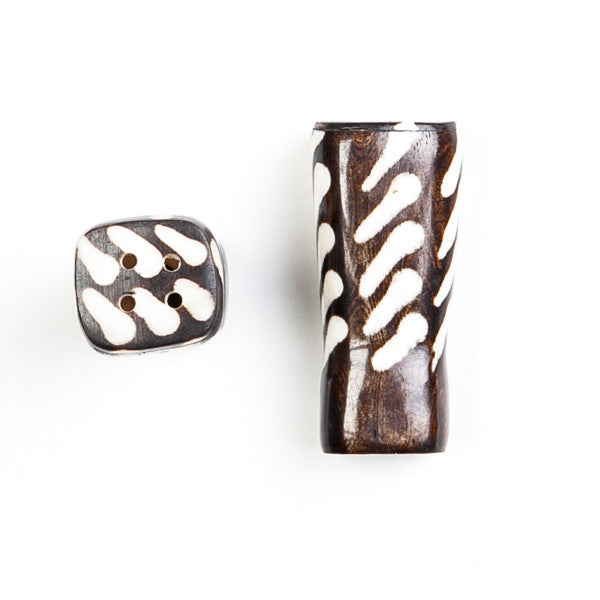 Salt and Pepper Shaker Set Stripe Design