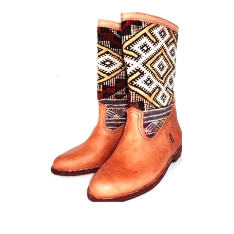 White Ikat Pattern Kilim Carpet Boots