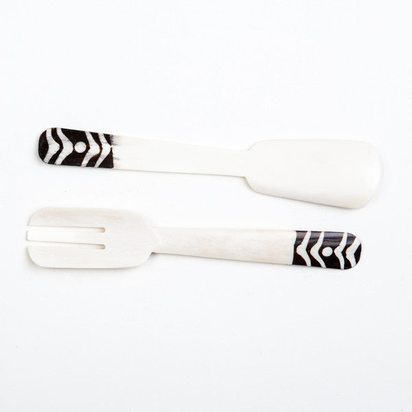 Bone Salad Servers Dot Design