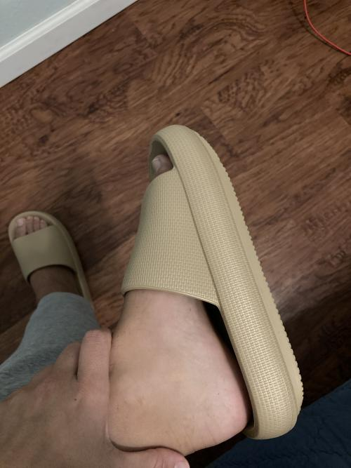 therapeutic slippers mens