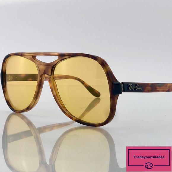 Bausch & Lomb Ray Ban  Ambermatic Powderhorn Sunglasses 1960's