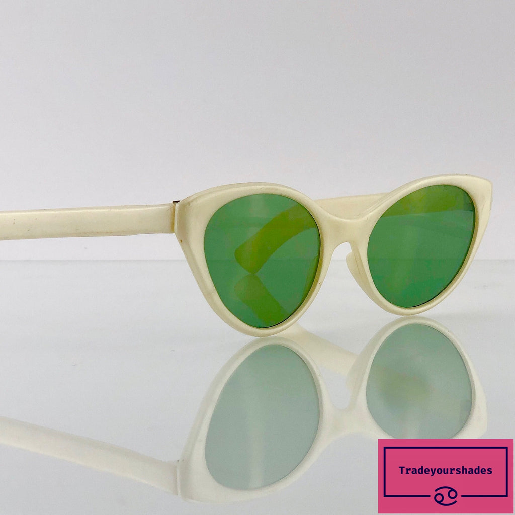 1930's RARE Vintage Cat Eyes Sunglasses Harbo gucci.