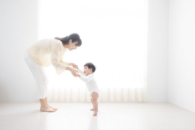 There is no need to force your baby to walk. The basic idea is to let nature take its course without rushing too much.