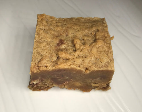 Peanut Butter Chocolate Chip Blondie - Critical Hit Cookies