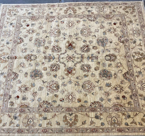 PAKISTANI PESHAWAR TRADITIONAL HAND-KNOTTED RUG MADE WITH NATURAL WOOL AND COTTON 8'0'' X 8'0''  ABCR01811