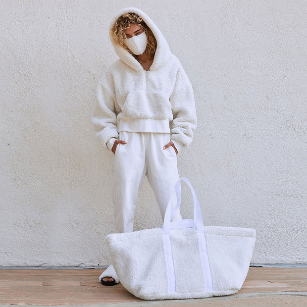 Fuzzy Shopper White