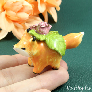 Fox with Rose Sculpture in Ceramic - The Folky Fox
