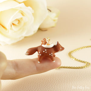 Gingerbread Cake Fox Necklace in Polymer Clay 1 - The Folky Fox