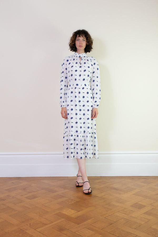 Rent Baum Und Pferdgarten Antoinette White Floral Midi Dress from Rotaro