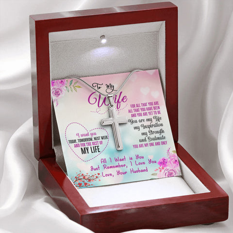 A gorgeous unisex cross pendant necklace with chain with luxury gift box.