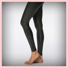 Load image into Gallery viewer, Faux Petite Leather Leggings