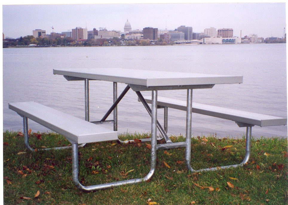Traditional Picnic Table - ALUMINUM