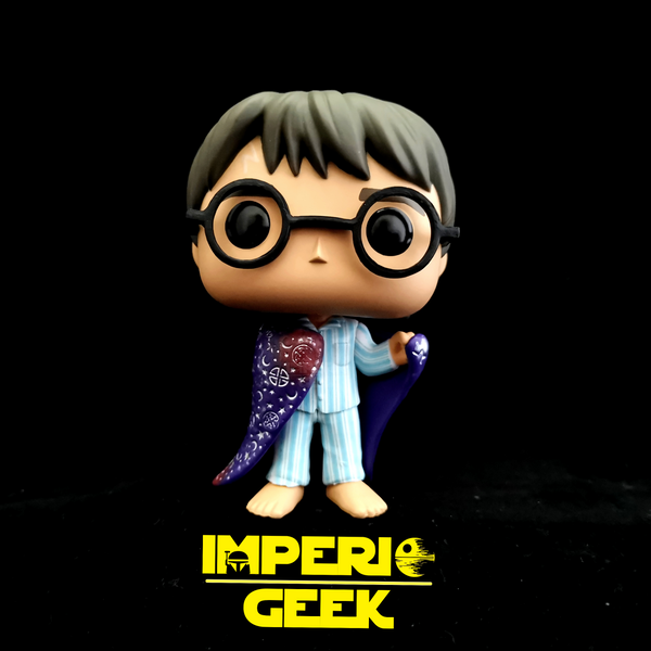 Funko pop Harry Potter #111 con caps de invisibilidad edición especial