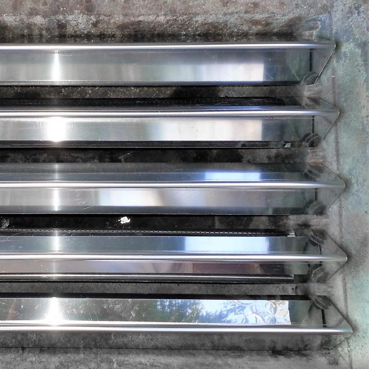 Weber 7535 Flavorizer Bars 21 5 X 1 88 X 1 63 X 5 Pack 304 Stainless Grillpartsreplacement Online Bbq Parts Retailer