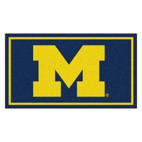 University of Michigan 3' x 5' Ultra Plush Area Rug