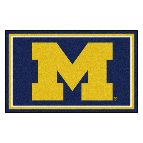 University of Michigan 4' x 6' Plush Area Rug