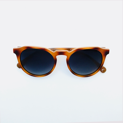 Hillwood - Caramel frame with Evening Blue (Pentoptic®️)lens