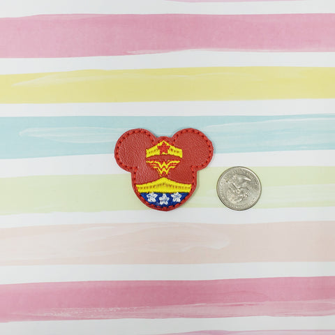 RTS Vinyl Miss Mouse Wonder Woman Feltie 2in
