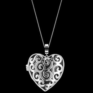 KAGI SILVER SPLENDOUR HEART NECKLACE - BACK VIEW