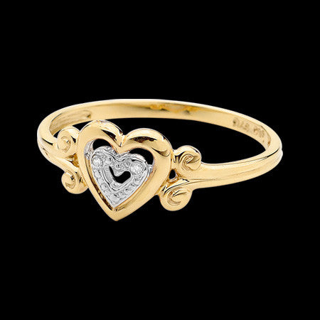 9 KARAT GOLD DIAMOND SET LOVE HEART RING