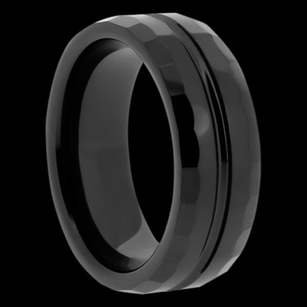 BLACK CERAMIC HAMMERED GROOVE RING