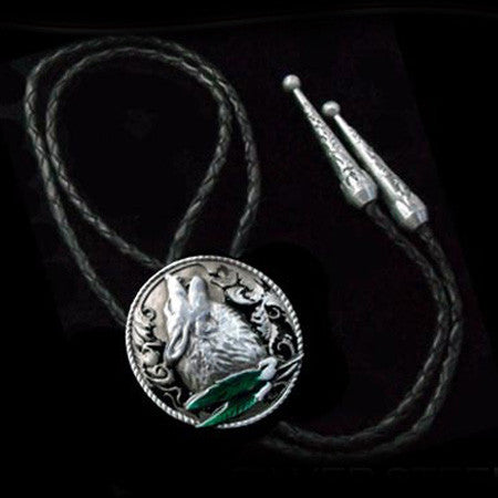 HOWLING WOLF LEATHER BOLO TIE