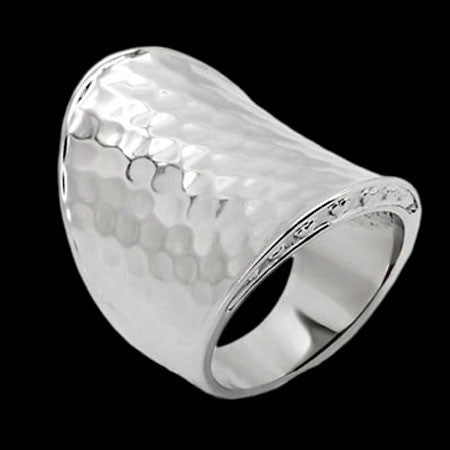 STAINLESS STEEL HAMMERED CONCAVE RING