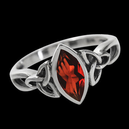 STERLING SILVER 1.19 CARAT GARNET TRIQUETRA MARQUIS CUT RING