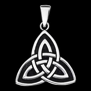 STAINLESS STEEL CELTIC TRIQUETRA NECKLACE