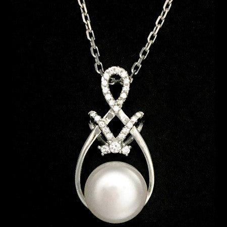 STERLING SILVER INTRICATE KNOT FRESHWATER PEARL NECKLACE