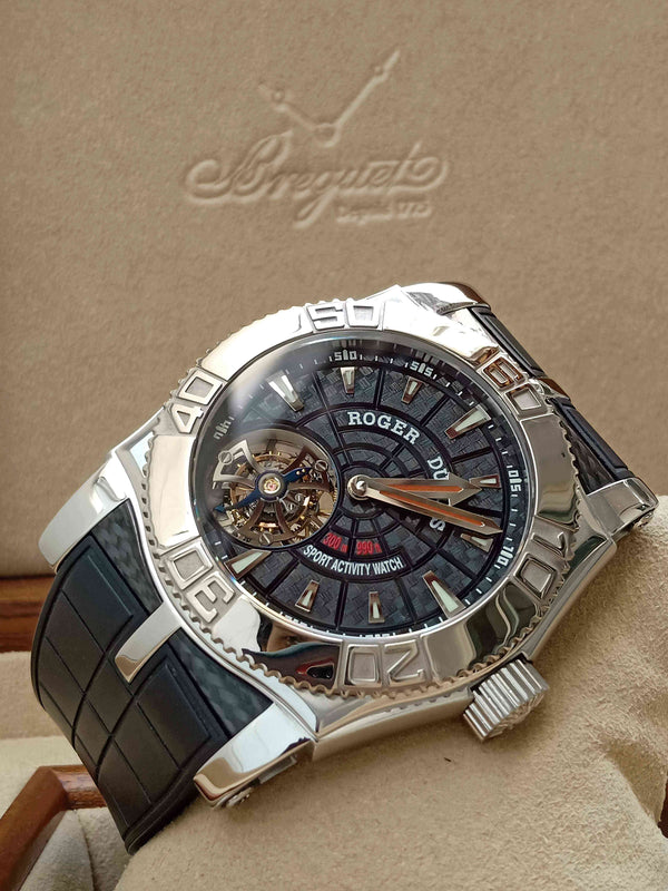 Roger Dubuis Easy Diver Flying Tourbillon