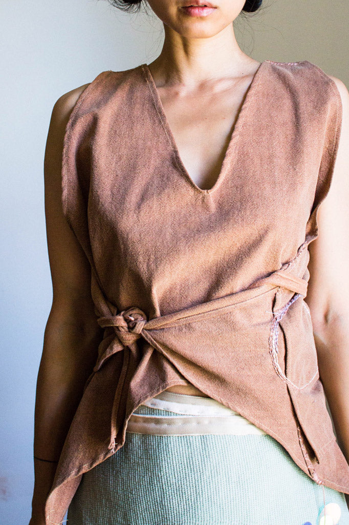 HAZELNUT BEIGE WRAP TOP