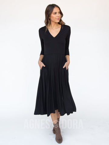 Agnes & Dora™ Essential Midi Dress Black