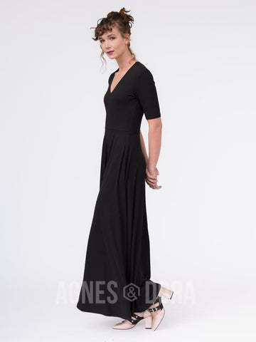 Agnes & Dora™ Essential Maxi Dress Black