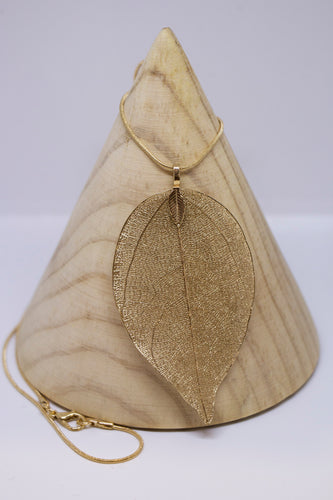 Leaf Neacklace - Gold