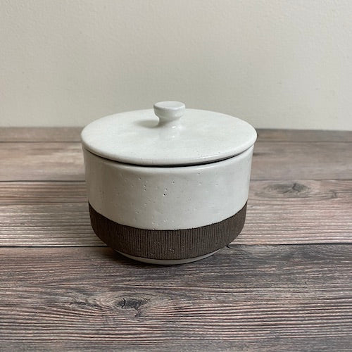 Small Kohiki Pot with Lid - KOKO utsuwa