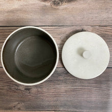Load image into Gallery viewer, Small Kohiki Pot with Lid - KOKO utsuwa