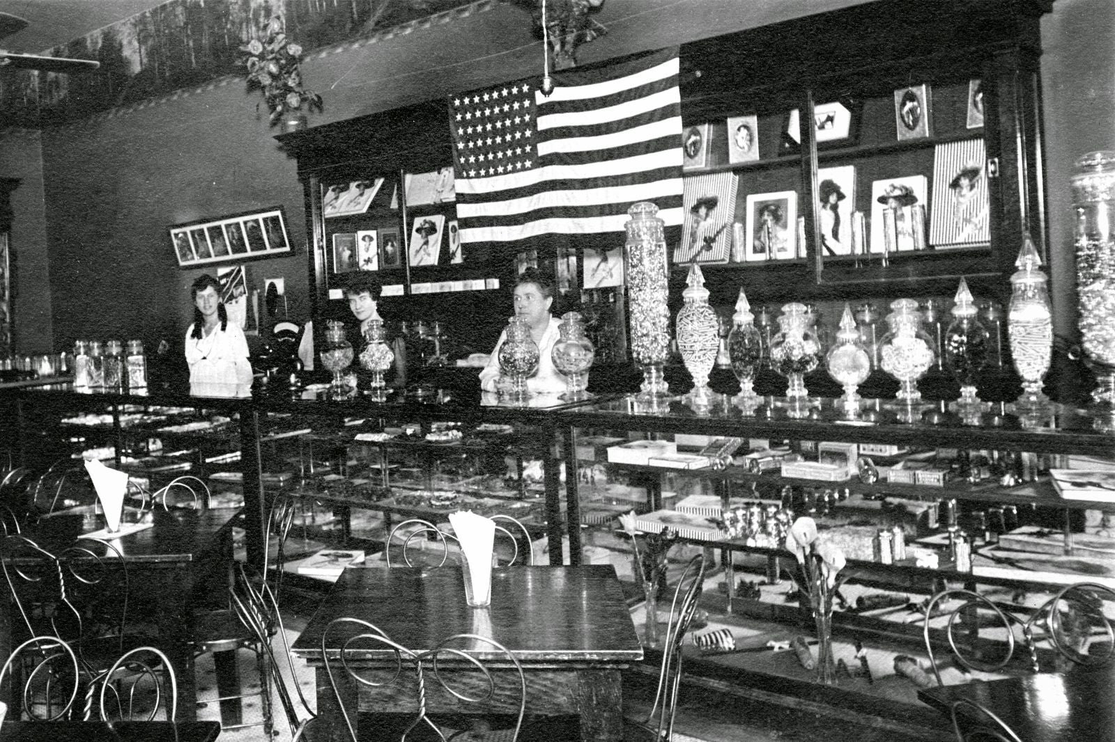 Confectionary Store at DeweyPalace - 1918 - Nampa