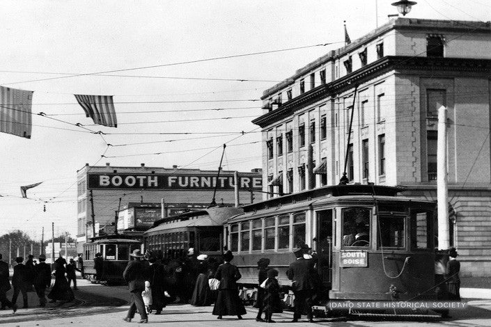 3 ST Cars Corner 8th & Bannock 1915