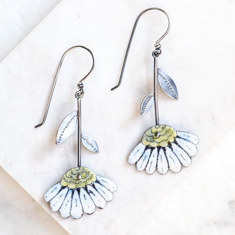 Hanging Daisies Earrings