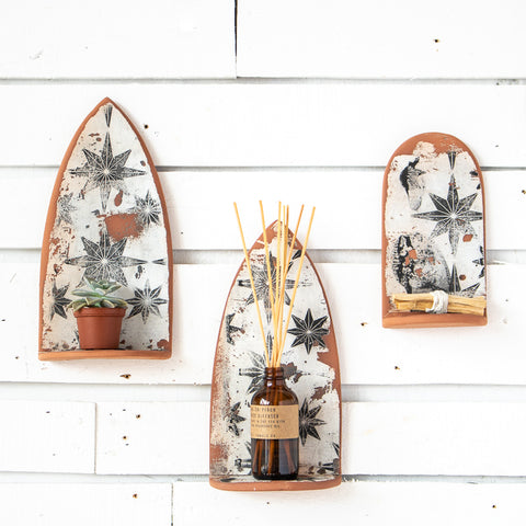 Large Pointed Arch Ceramic Altar | White