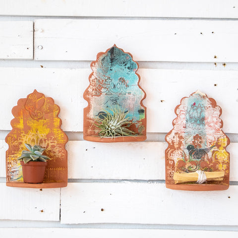 Scalloped Sides Arch Ceramic Altar