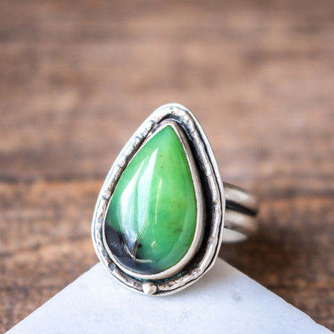 Size 7 | Chrysoprase Pointed Teardrop Ring